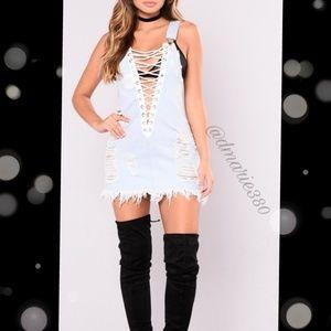 🎉HPx2 🎉 Distressed Denim Bandage overall dress